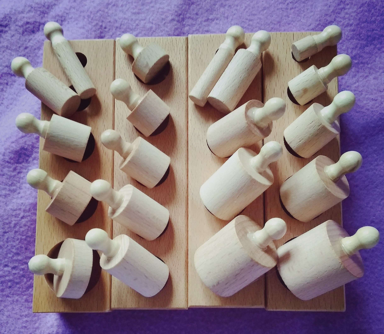 Любимият ни сортер : дървени цилиндри